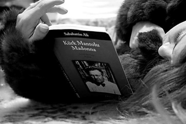 Kürk Mantolu Madonna!